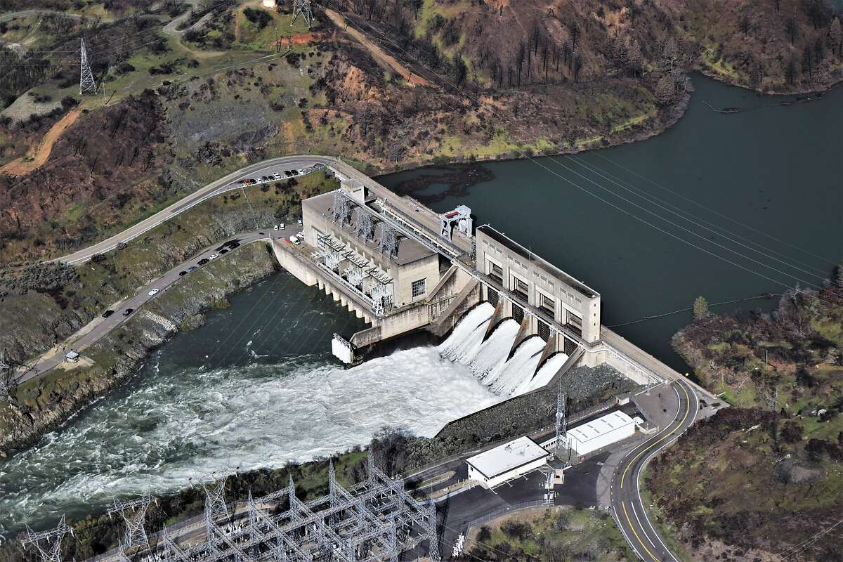 Keswick Dam is 9 miles downstream from Shasta Dam on the Sacramento River and creates Keswick Reservoir.