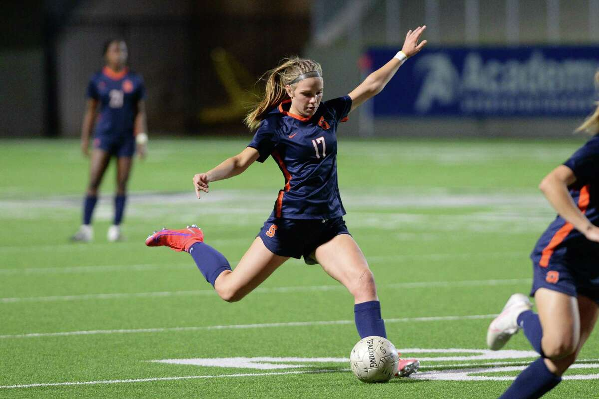 Haydan Erck (17) of Seven Lakes makes a free kick during the second half of a 6A-III regional quarterfinal soccer match between the Seven Lakes Spartans and the Cy-Fair Bobcats on Friday, April 2, 2021 at Rhodes Stadium, Katy, TX.
