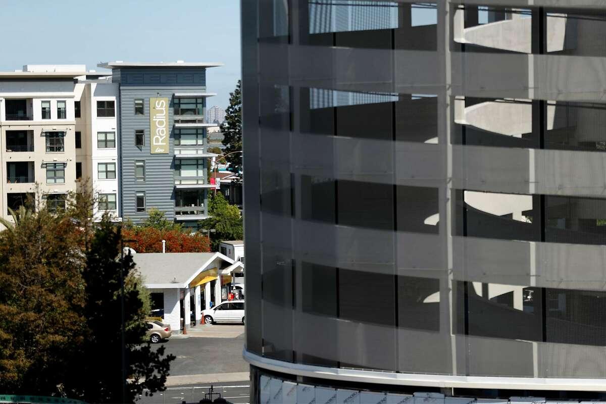 Redwood City is on course to build 4,143 housing units in a period that began in 2015 and extends to next year. Among them is Radius Apartments.