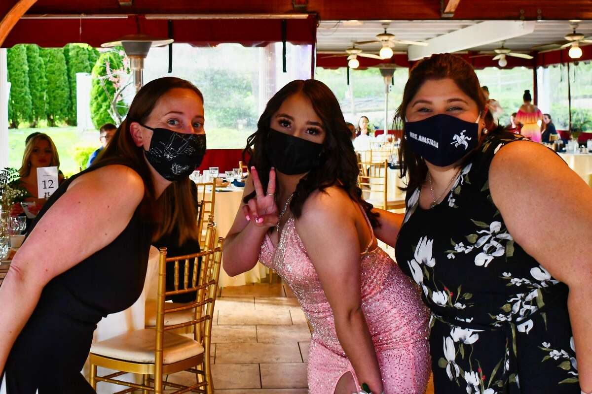Ansonia High School held its senior prom on May 7, 2021. The event was held outside on the grounds of Villa Bianca in Seymour. Were you SEEN?