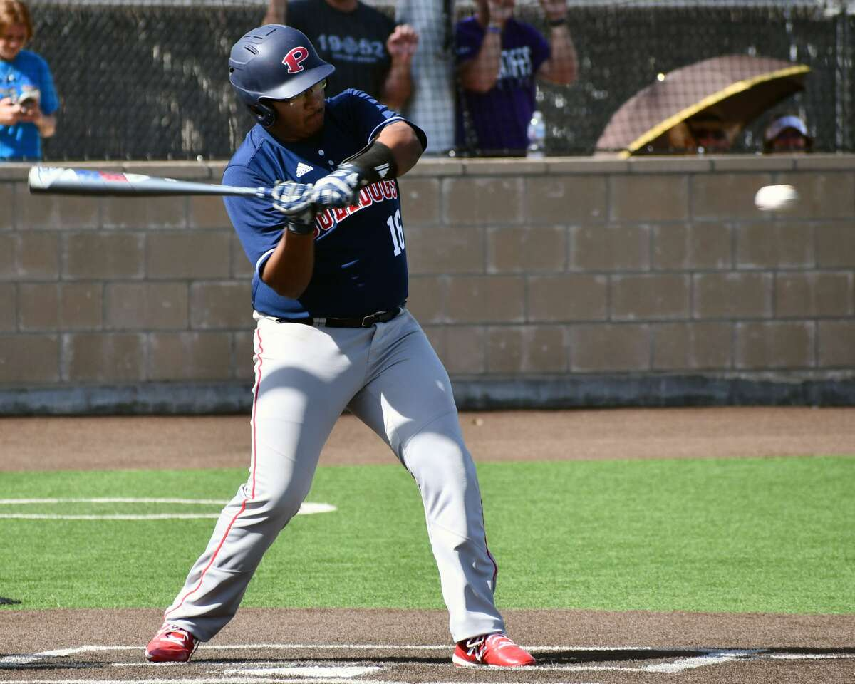Plainview suffered a pair of losses to Abilene Wylie in the bi-district round of the Class 5A UIL baseball playoffs on Friday at Lamesa. The Bulldogs full 9-1 and 5-1 to conclude the season.