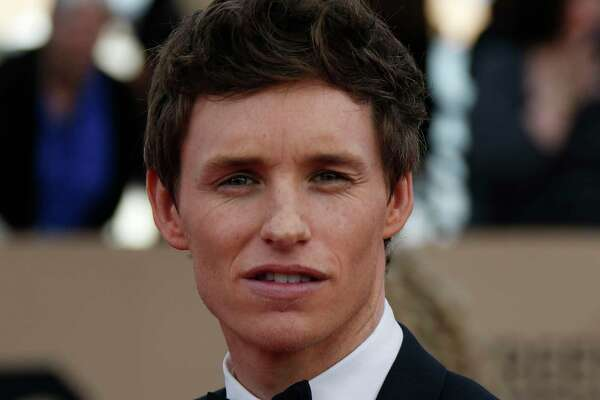Eddie Redmayne arrives at the 22nd Annual Screen Actors Guild Awards at the Shrine Auditorium in Los Angeles on Saturday, Jan. 30, 2016. (Allen J. Schaben/Los Angeles Times/TNS)