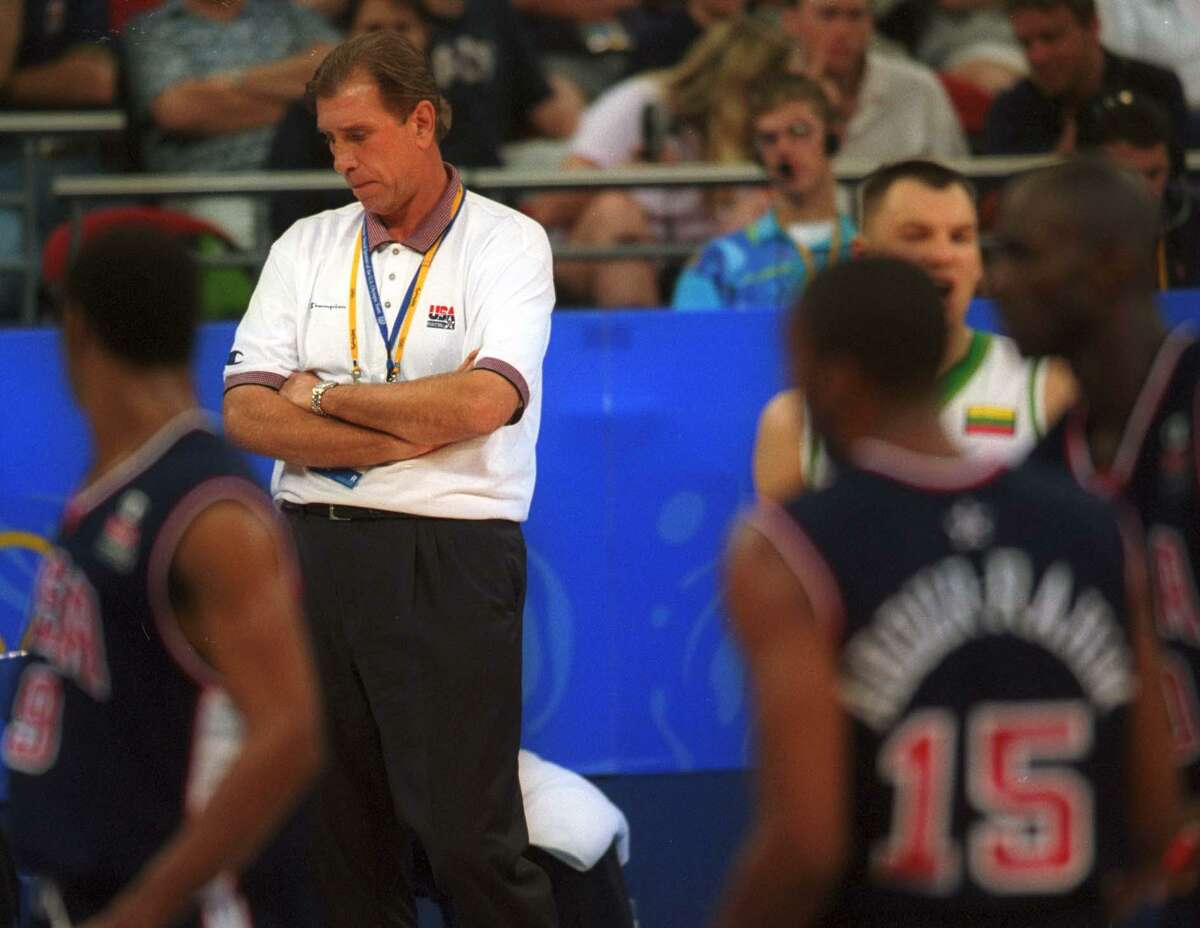 Rudy Tomjanovich and the U.S. team escaped with a win against Lithuania in the semifinals.