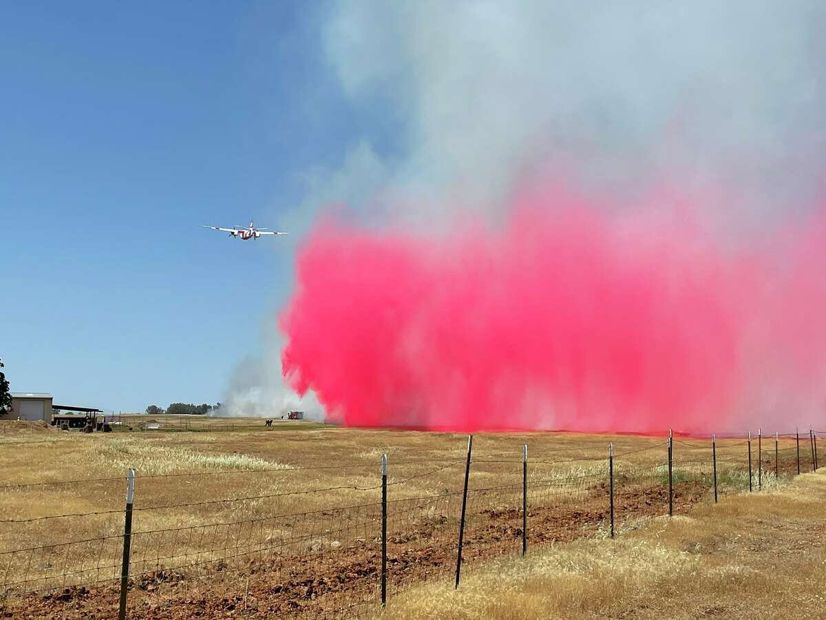 Tankers battle the rapidly growing Gunnison Fire in Butte County.