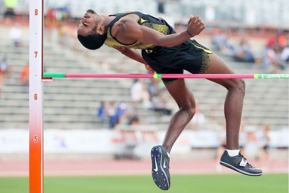 East Central's Anston Bryant-Kelly clears 6-8 to take third place in the 6A boys high jump at the UIL state track and field championships at Mike A. Myers Stadium in Austin on Saturday, May 8, 2021.