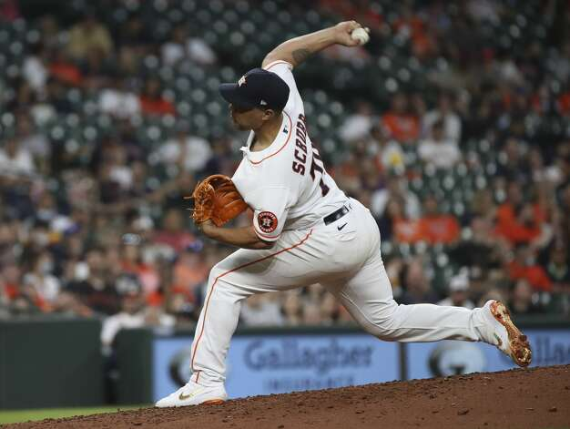 Houston Astros relief pitcher Andre Scrubb (70) pitches during the sixth inning of an MLB game Saturday, May 8, 2021, at Minute Maid Park in Houston. Photo: Jon Shapley/Staff Photographer / © 2021 Houston Chronicle