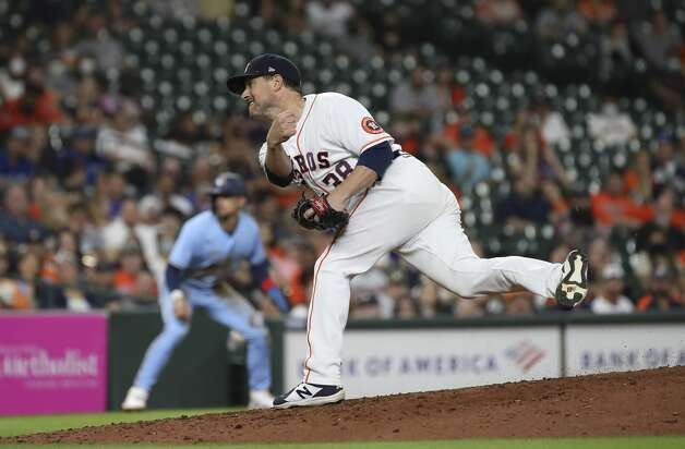 Houston Astros relief pitcher Joe Smith (38) pitches during the ninth inning of an MLB game Saturday, May 8, 2021, at Minute Maid Park in Houston. Photo: Jon Shapley/Staff Photographer / © 2021 Houston Chronicle