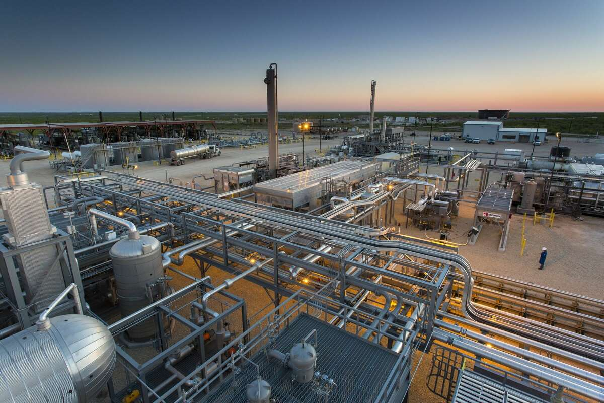 EnLink has taken steps to improve emissions performance at its facilities like the Deadwood natural gas processing plant in Glasscock County as it strives for net zero emissions by 2050.