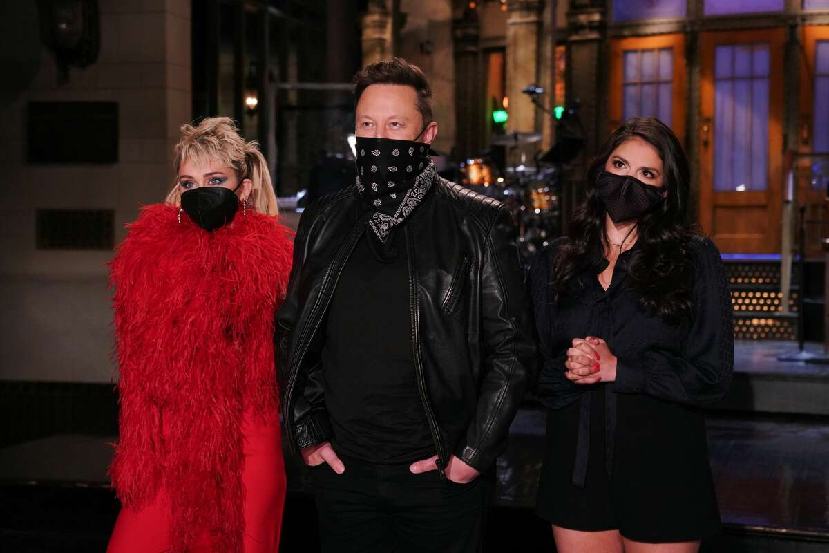 Musical guest Miley Cyrus, host Elon Musk, and Cecily Strong during Promos in Studio 8H on Thursday, May 6, 2021 -- (Photo By: Rosalind O'Connor/NBC/NBCU Photo Bank via Getty Images)