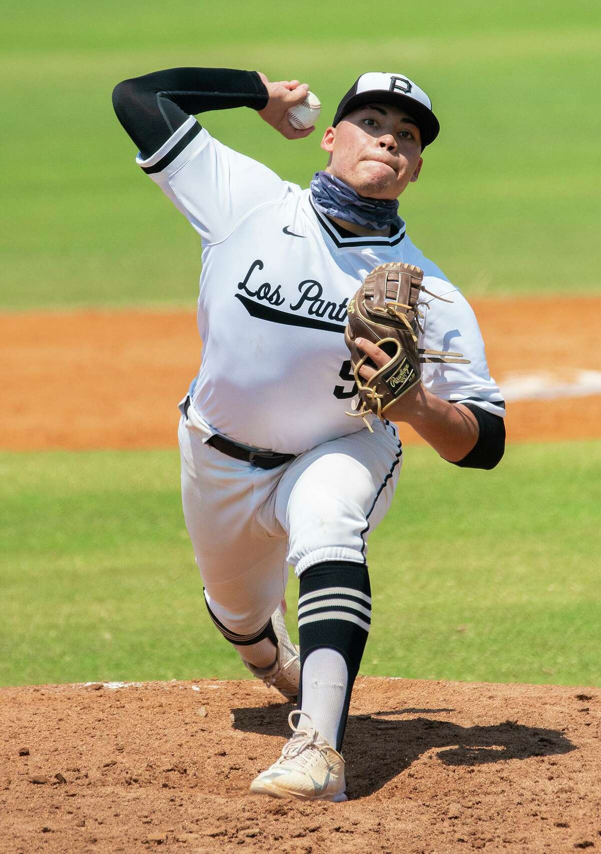 Greg Campos and United South swept San Antonio Harlan on Saturday to advance in the state playoffs.