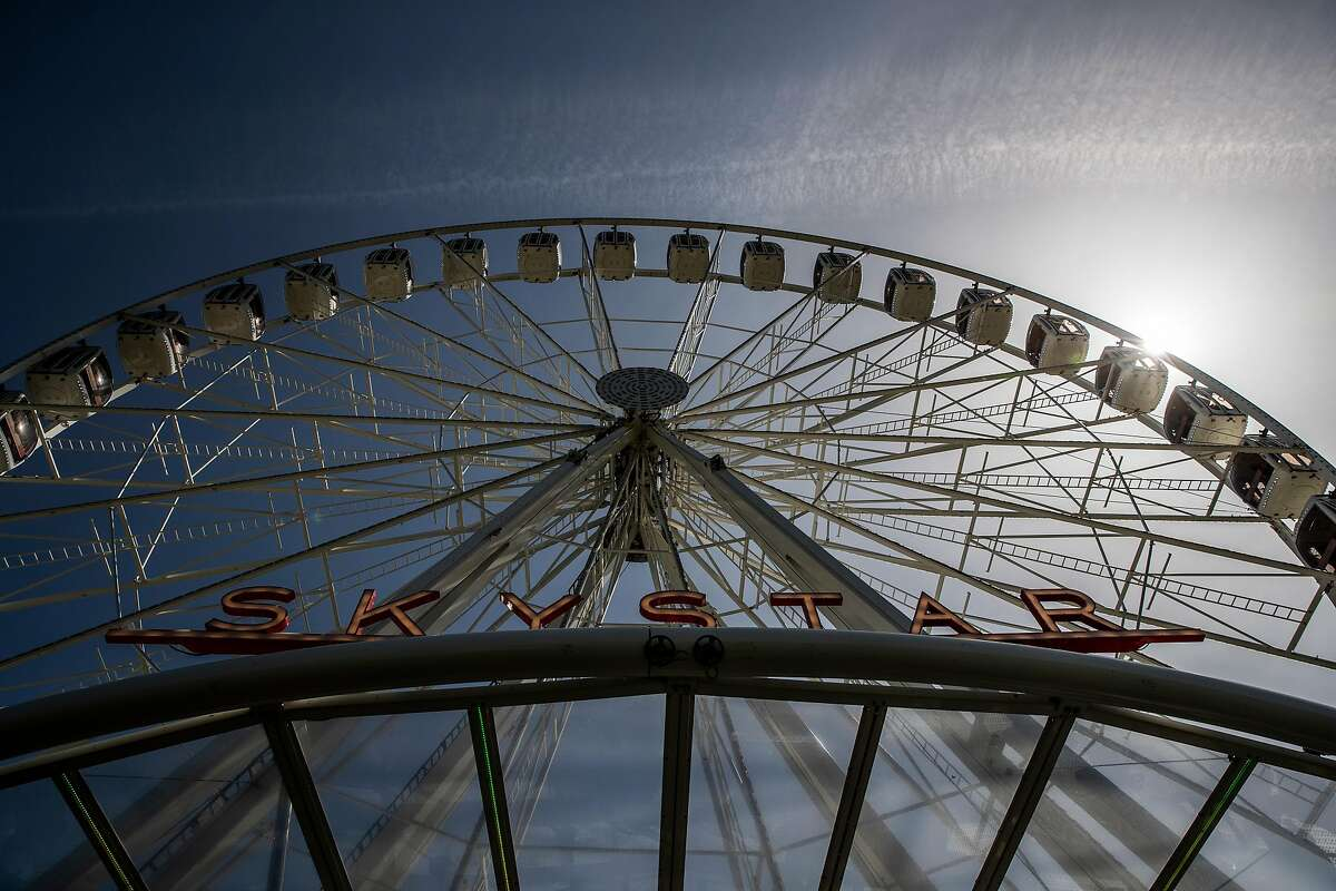 The Skystar Observation Wheel in San Francisco offered free tickets for moms on Mother's Day.