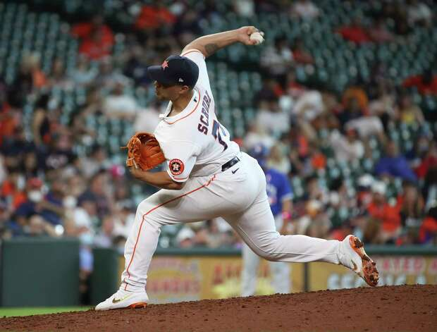 Houston Astros relief pitcher Andre Scrubb (70) pitches during the eighth inning of an MLB game Sunday, May 9, 2021, at Minute Maid Park in Houston. Photo: Jon Shapley, Staff Photographer / © 2021 Houston Chronicle