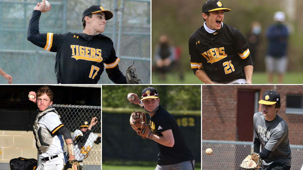 Hand newcomers, Mike Engelhart, Jack Pireaux, Chris Engelhart, Evan Mastrobattisto, Danny Weinstein and many others have helped to Tigers to a 12-1 start to the season.