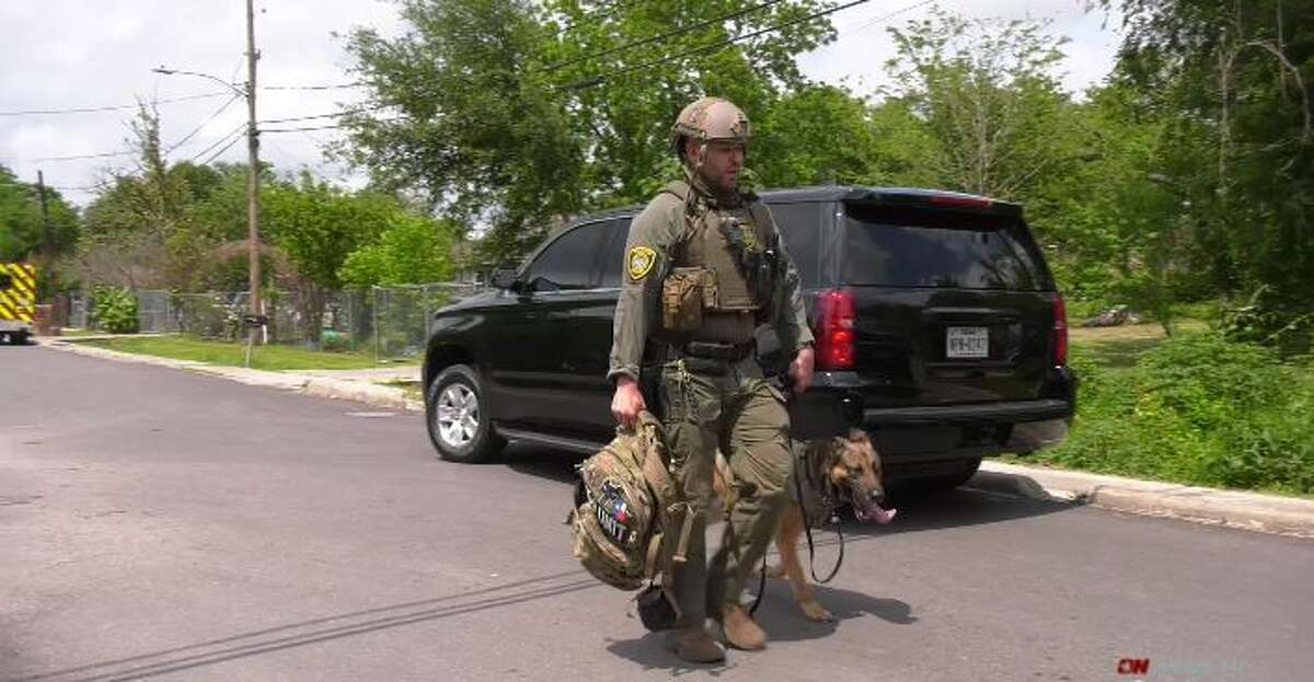 The Houston police SWAT team on Sunday apprehended an armed man who threatened his wife in the 2500 block of Charles Street, authorities said.