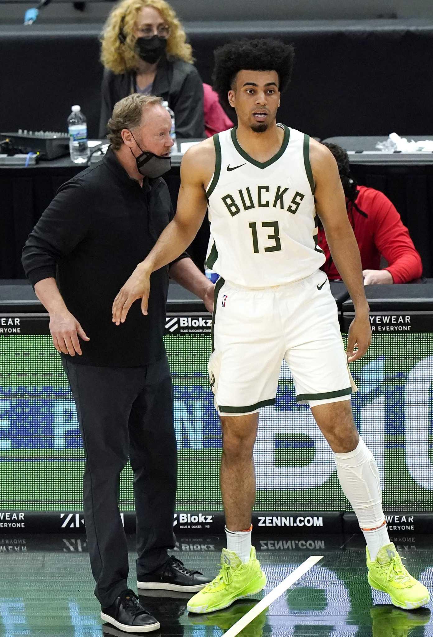 Bucks' Budenholzer recalls Duncan's winning ways