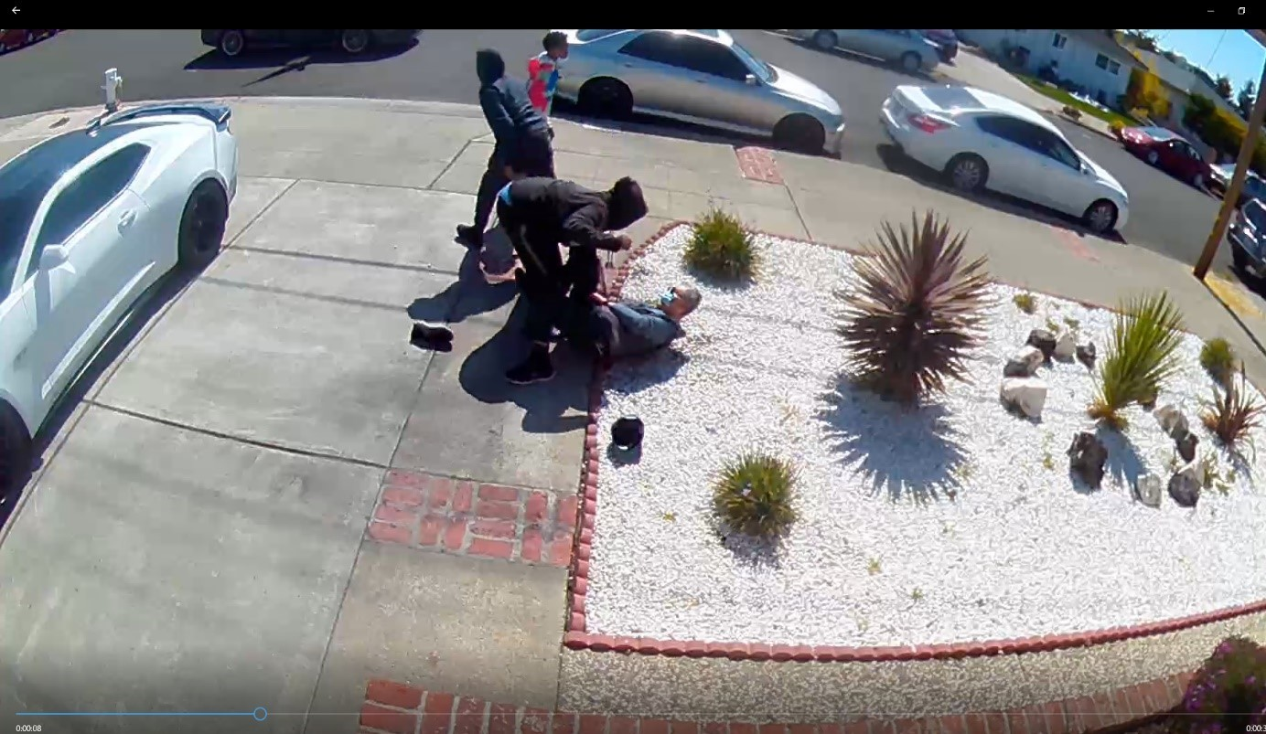 80-year-old Asian man knocked down, robbed by teens in Bay Area