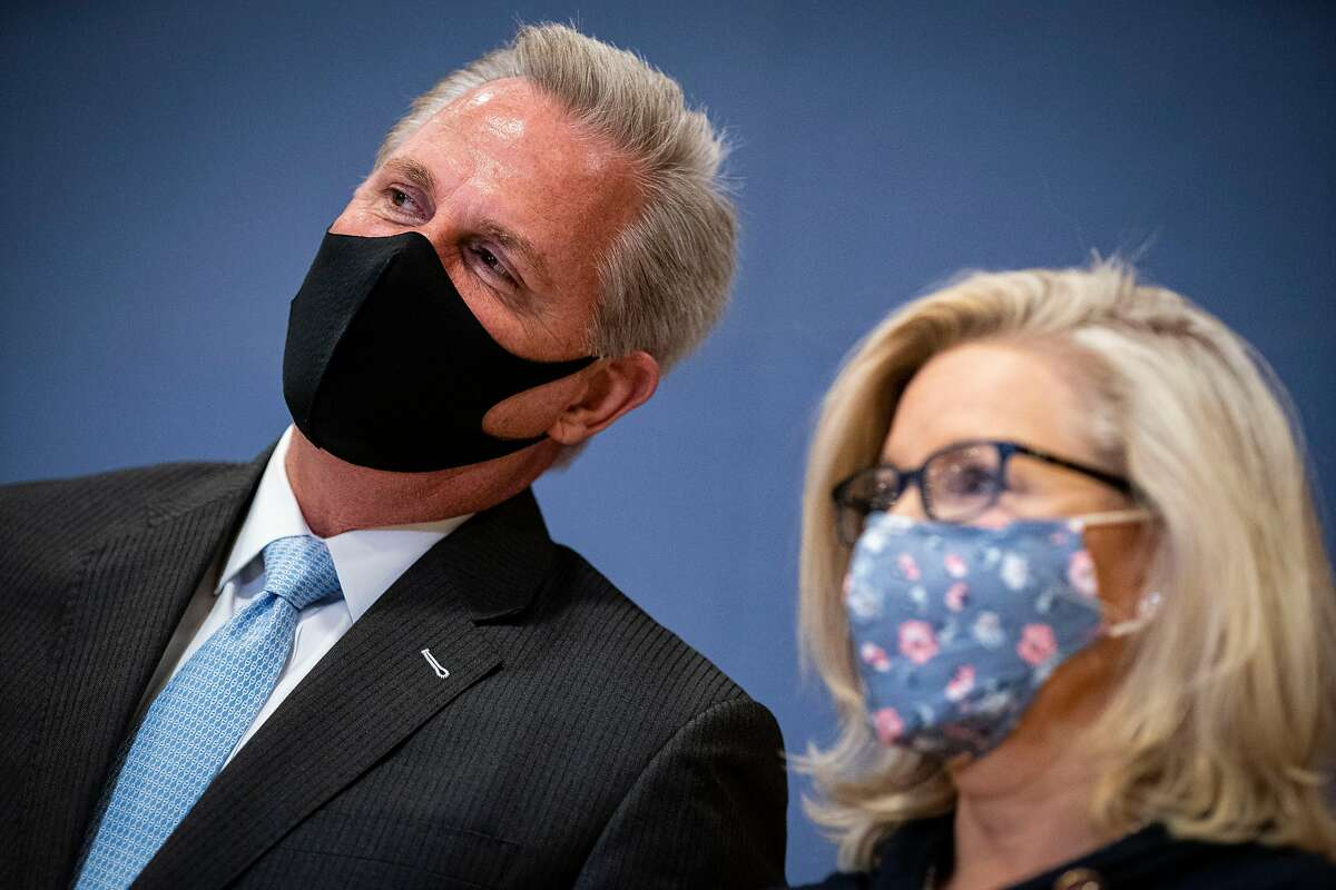 Reps. Kevin McCarthy, R-Bakersfield, and Liz Cheney, R-Wyo., at the Capitol in February.