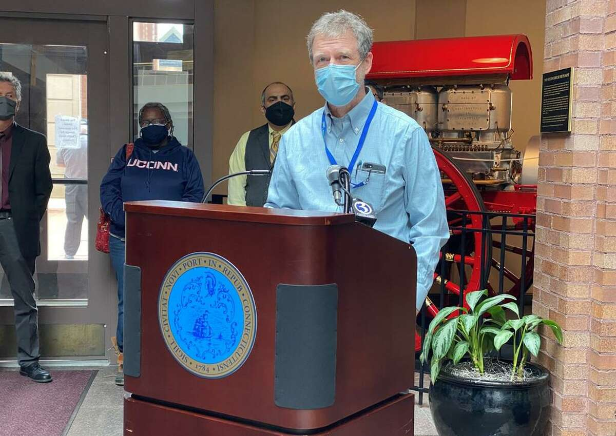 Michael Rowe, professor of psychiatry at the Yale University School of Medicine, will head planning for New Haven's Community Crisis Response Team.