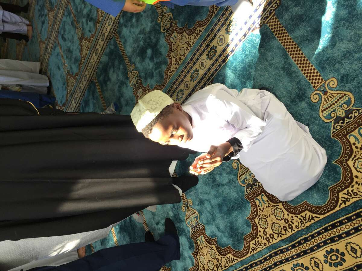 A little boy prays on Eid at Masjid As-Salam on June 4, 2019. (Courtesy: Masjid As-Salam)