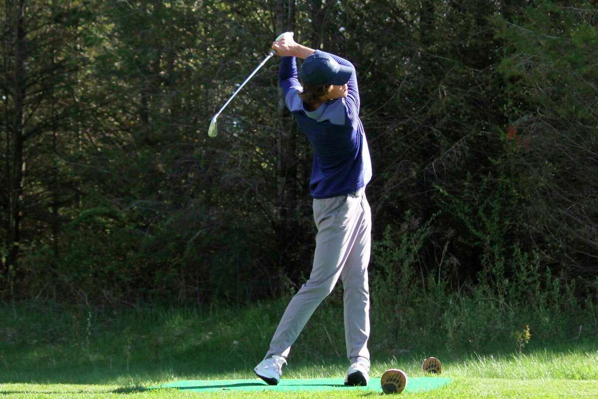 Frankfort's Daniel Newbold golfs at Bear Lake Highlands earlier this spring. (Record Patriot file photo)