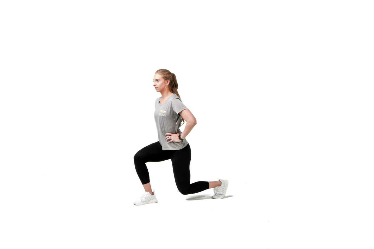 Karly Mendez, a trainer at Memorial Hermann Ironman Sports Medicine Institute, worked with Renew to create a 30-minute at-home workout.