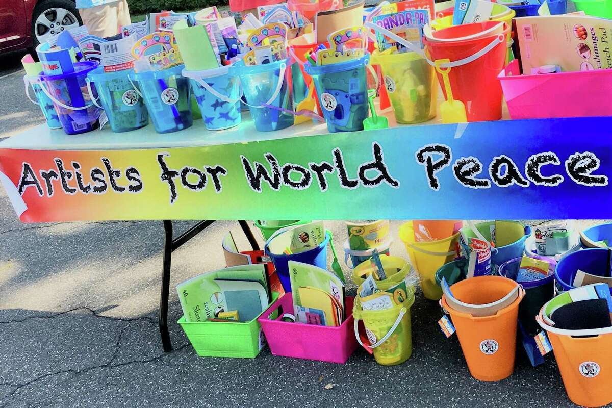 The Middletown-based Artists for World Peace Buckets of Love event Saturday is part of the 6x6 4 Peace Movement, which aims to