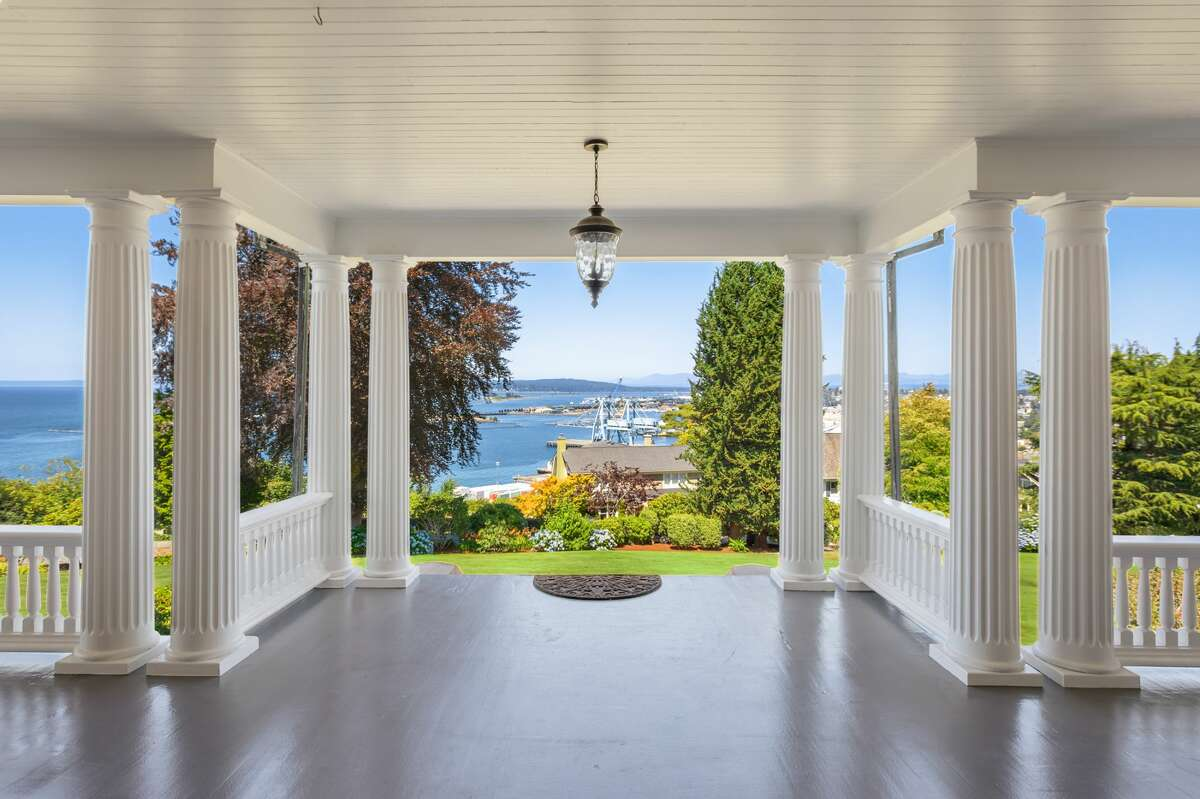 From the incredible columned entrance, we see the panoramic views offered by this hilltop setting.