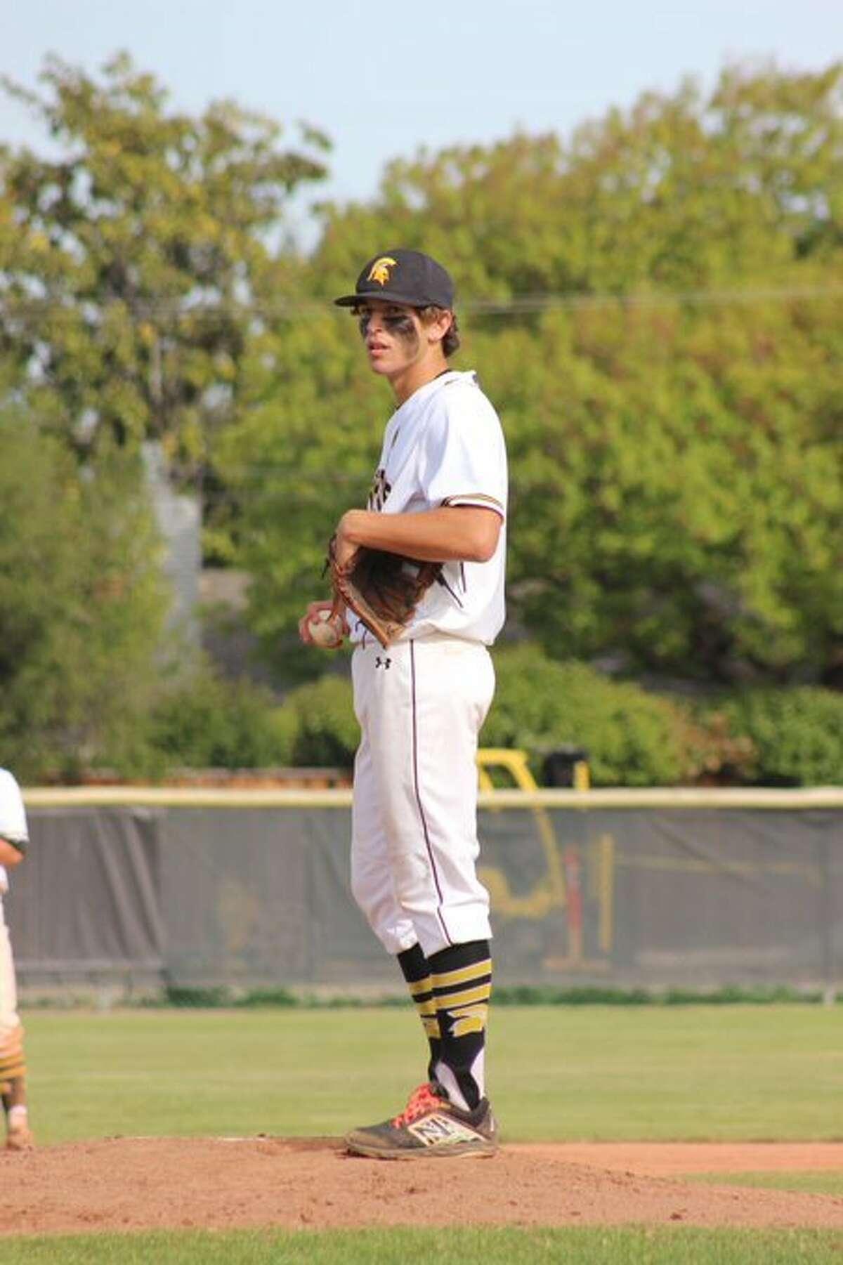 Mountain View senior Gabriel Barrett struck out a school-record 17 while no-hitting Wilcox-Santa Clara.