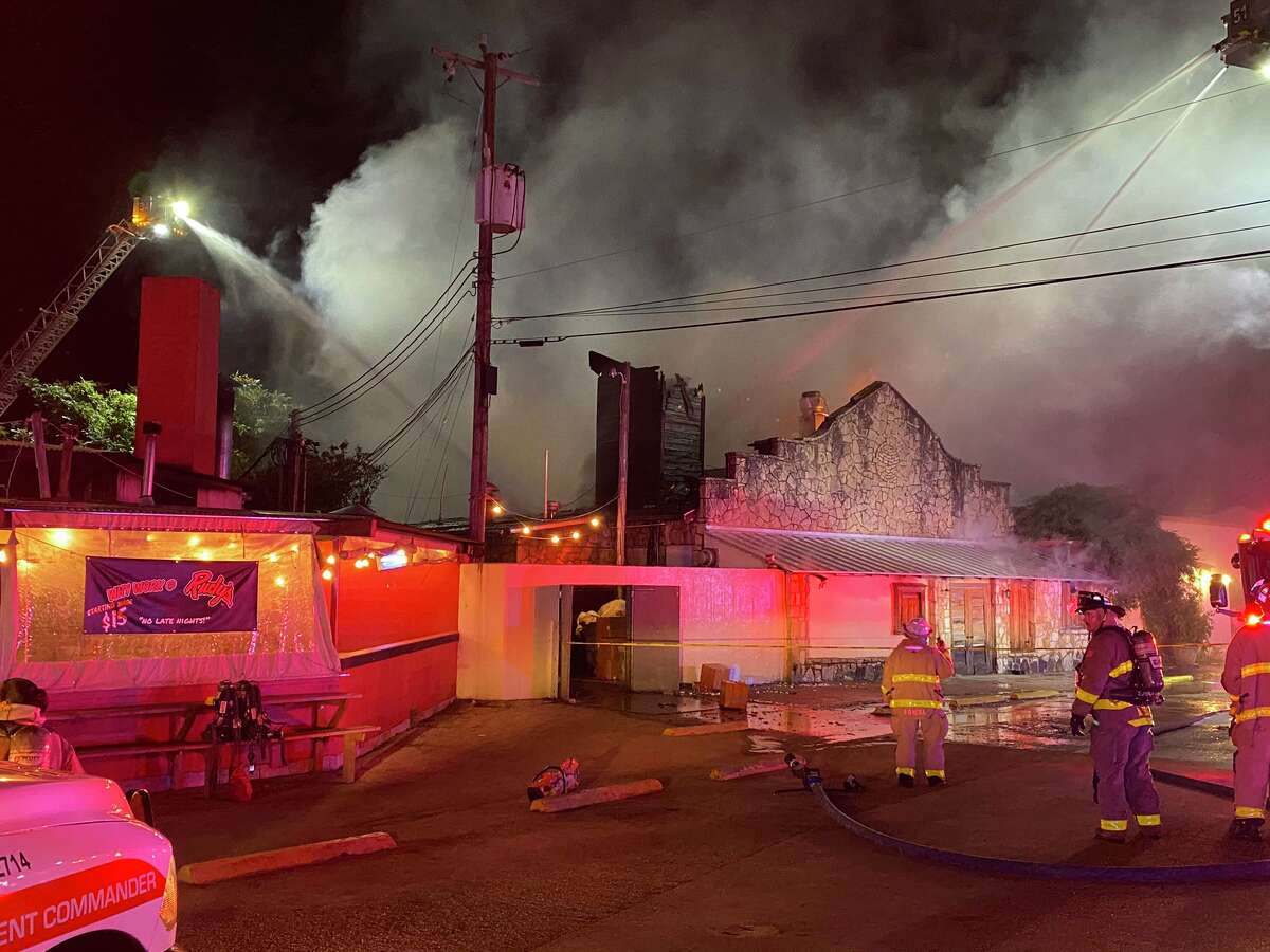 Investigators are trying to determine what started a 2-alarm fire that completely destroyed The Grill at Leon Springs Thursday morning.