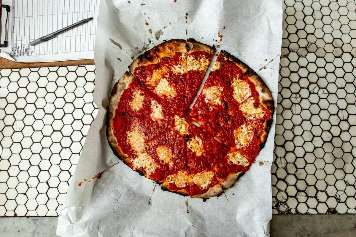 Frank Pepe Pizzeria Napoletana
