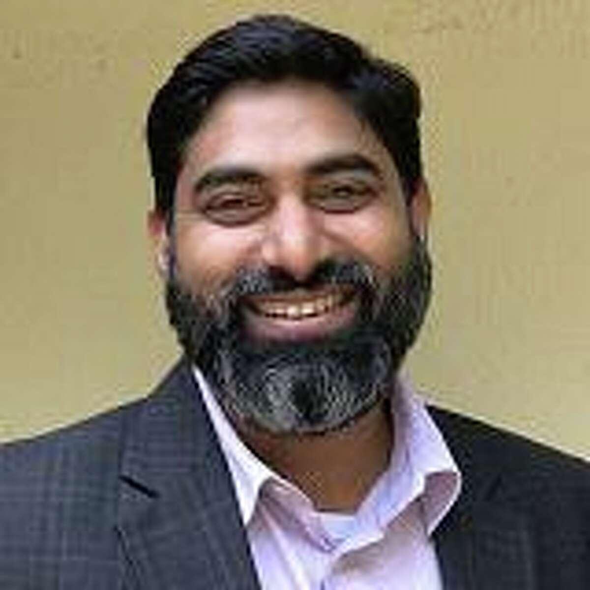 Deval Sanghavi is the founder of Dasra, an Indian nonprofit organization based in Mumbai. Sanghavi was born and raised in Sugar Land.