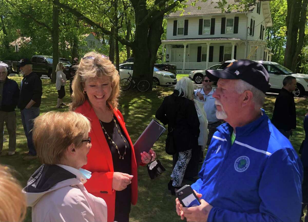 Stratford Mayor Laura Hoydick talks to supporters after announcing her re-election campaign May 12, 2021.