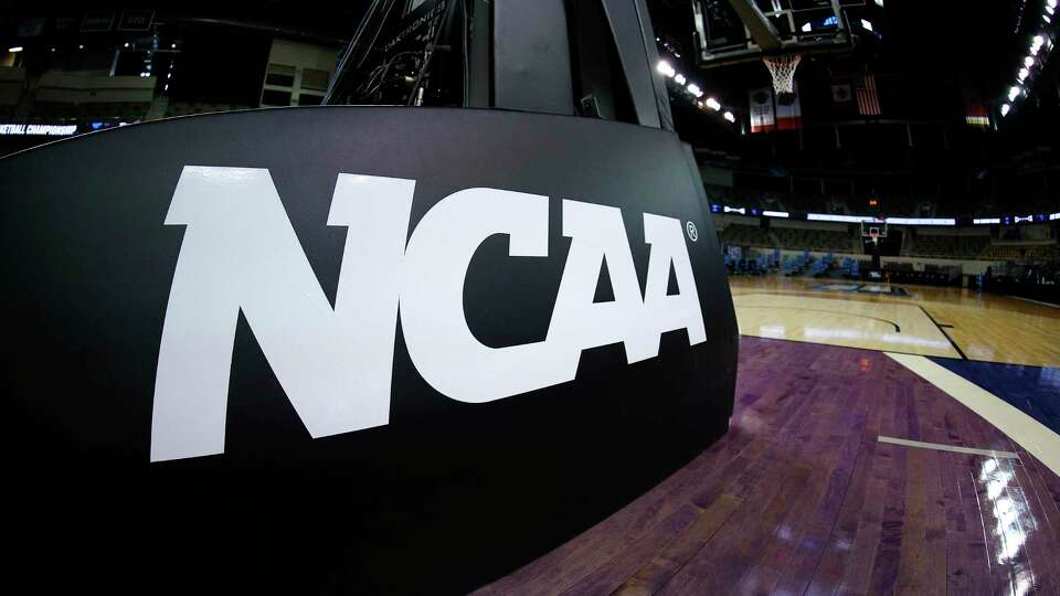 How the NCAA's new transfer rules are changing recruiting and creating chaos in college basketball