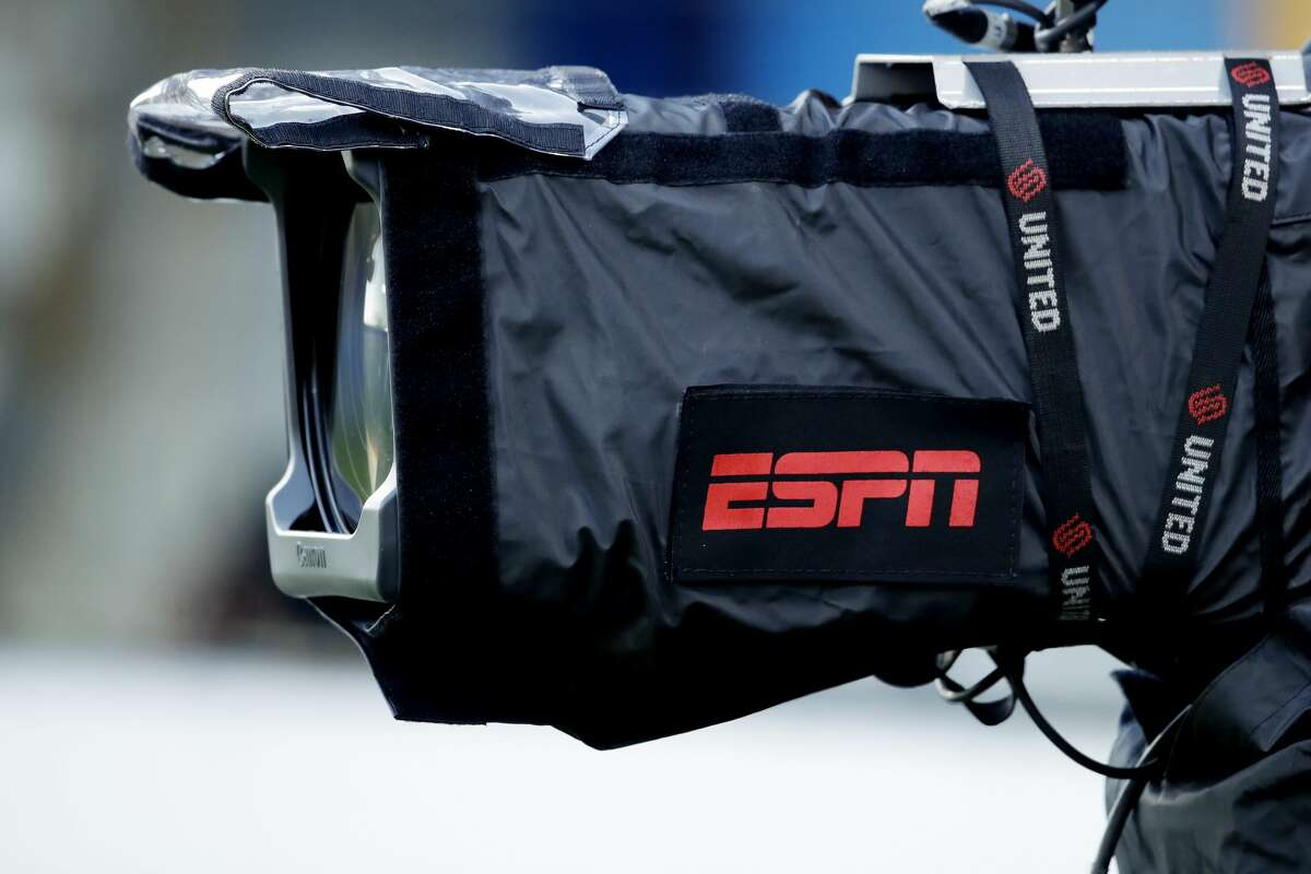 ESPN will exclusively air 30 MLB regular-season games, with 25 taking place on Sunday nights.