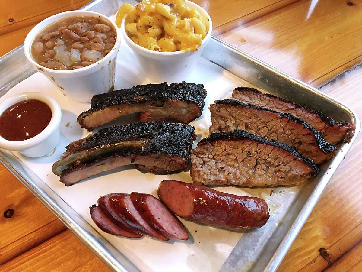 The best way to combat silly barbecue lists is to eat local, like Smoke Shack.