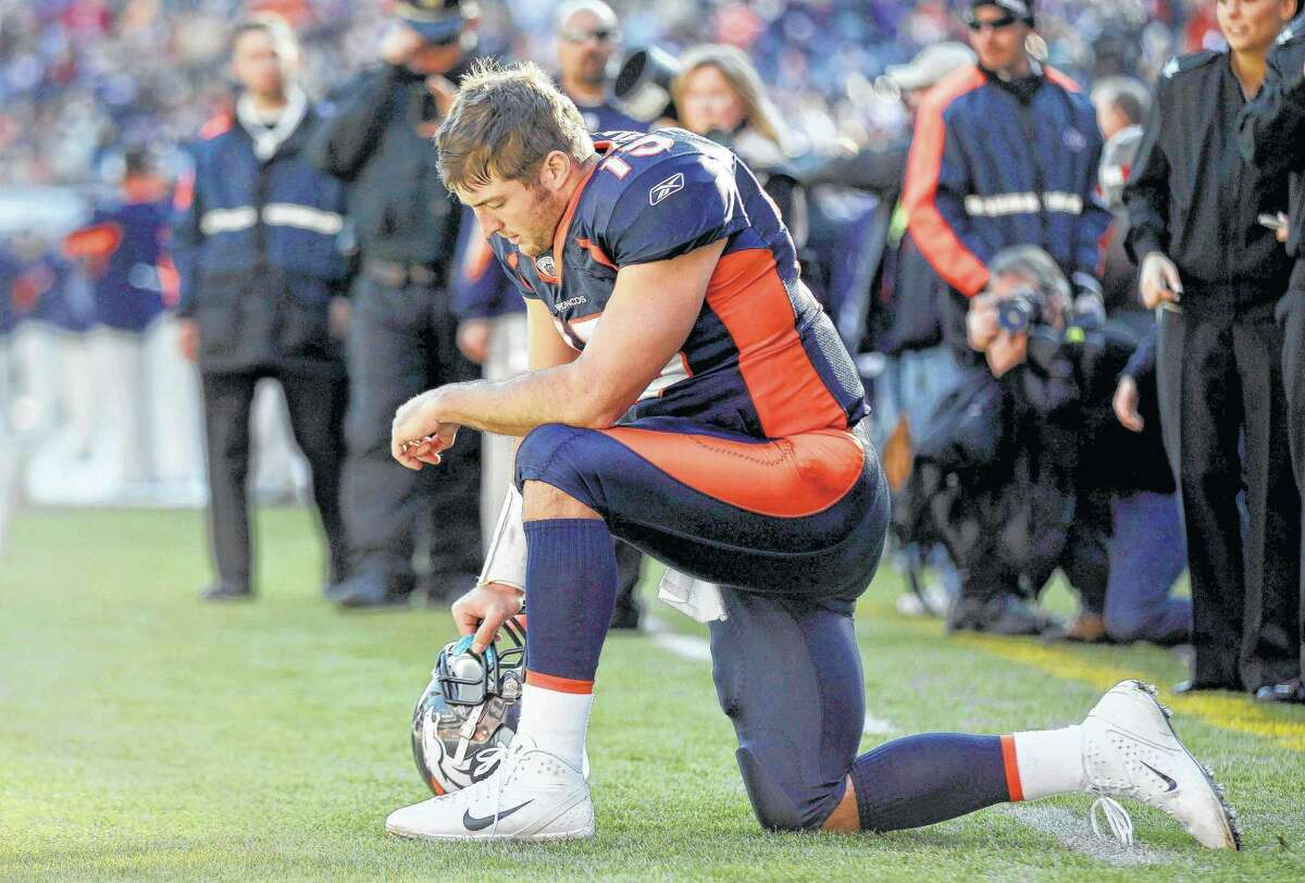 Tim Tebow had limited success as the Broncos' quarterback and hasn't played in the NFL since 2015, but the Jaguars are giving him a shot at tight end.