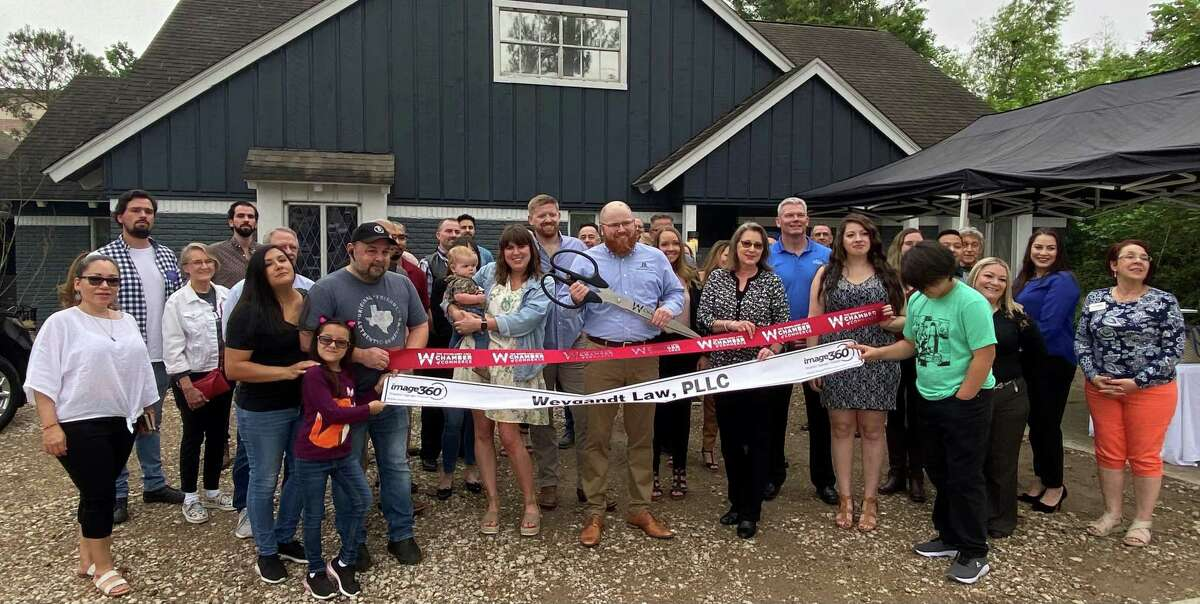 In April, a large group of family, friends, and the business community gathered for a ribbon cutting celebration, which commemorated its new office space at 26118 Oak Ridge Drive. David Weygandt shares this office with Kodie McCuller, his Client Services Representative.