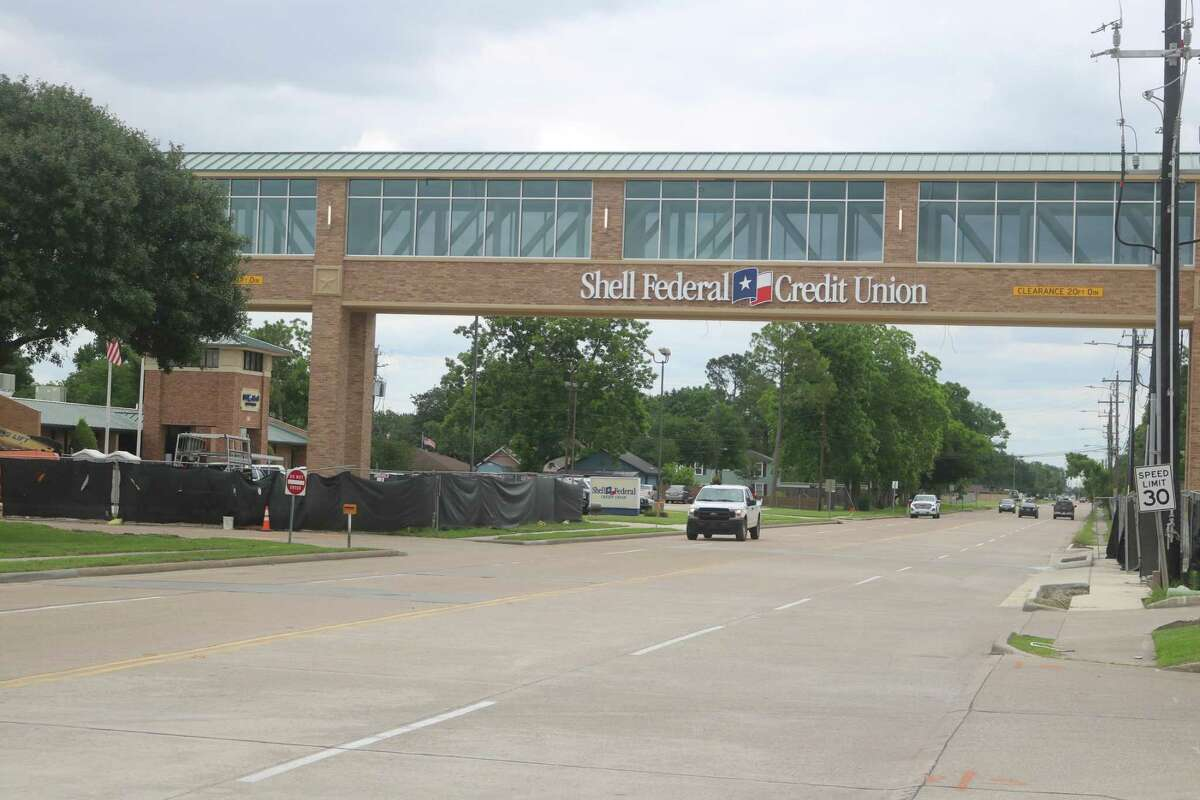 Traffic now has a clear way under the Shell Federal Credit Union pedestrian bridge on 13th Street in Deer Park.