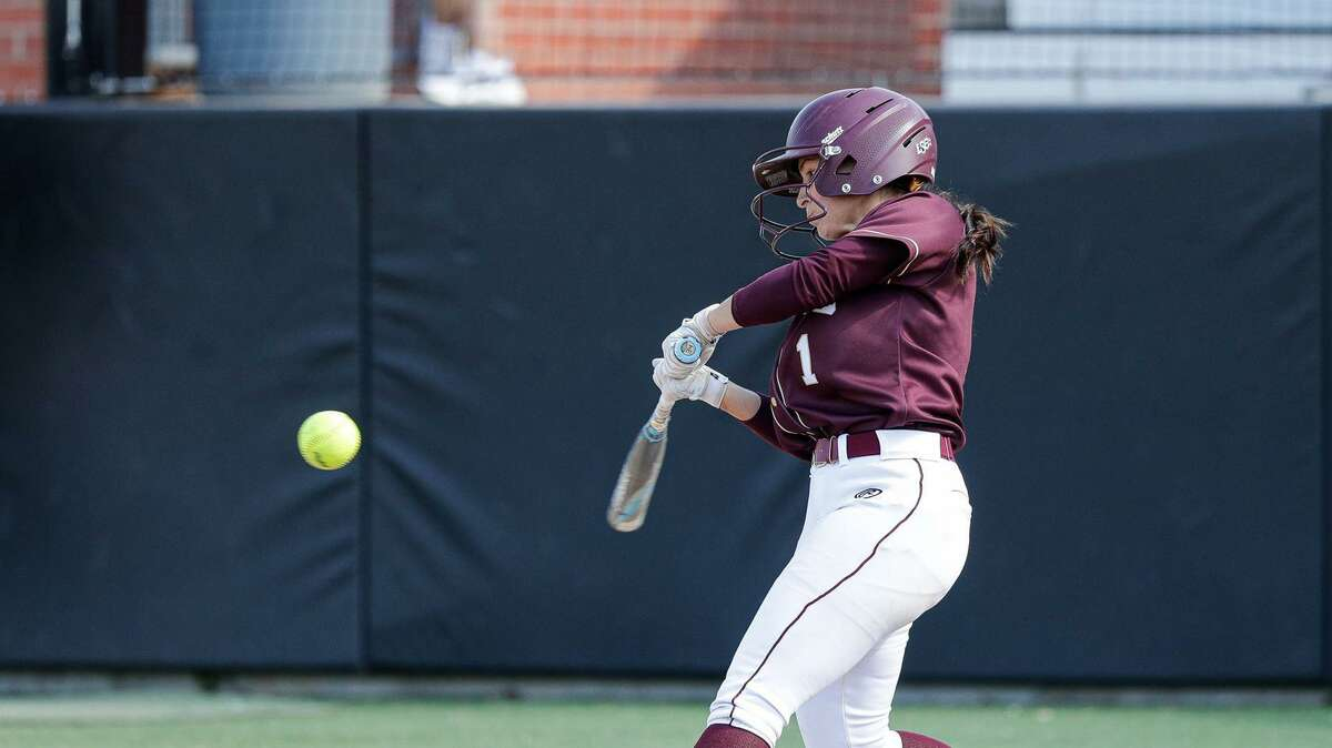 Victoria Maldonado had two of TAMIU's nine doubles Friday in a 9-3 victory over Texas A&M-Commerce in the quarterfinals of the LSC tournament in Oklahoma City, Okla.