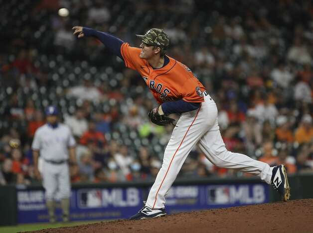 Houston Astros starting pitcher Zack Greinke (21) pitches during the fourth inning of an MLB game Friday, May 14, 2021, at Minute Maid Park in Houston. Photo: Jon Shapley/Staff Photographer / © 2021 Houston Chronicle