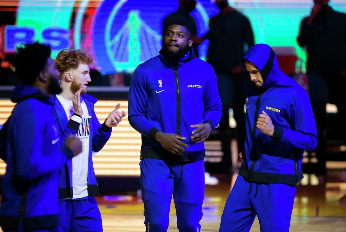 Golden State Warriors forward Eric Paschall (7) before an NBA game against the New Orleans Pelicans at Chase Center, Friday, May 14, 2021, in San Francisco, Calif.