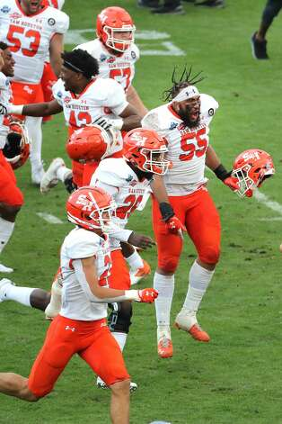 Sam Houston State celebrates its 23-21 win over South Dakota State to capture the NCAA FCS national football championship on Sunday, May 16, 2021, in Frisco. Photo: Brett Coomer/Staff Photographer / © 2021 Houston Chronicle
