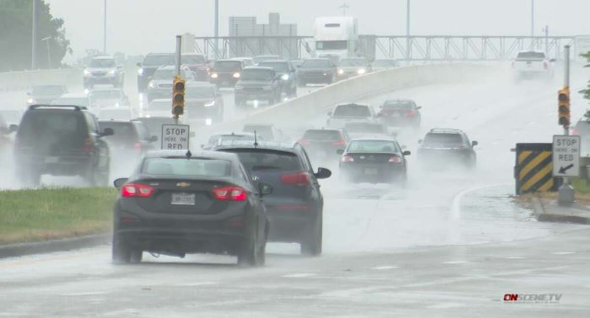 Houstonians should prepare for persistent rain as forecasters expect heavy showers and thunderstorms every day this week, according to the National Weather Service.