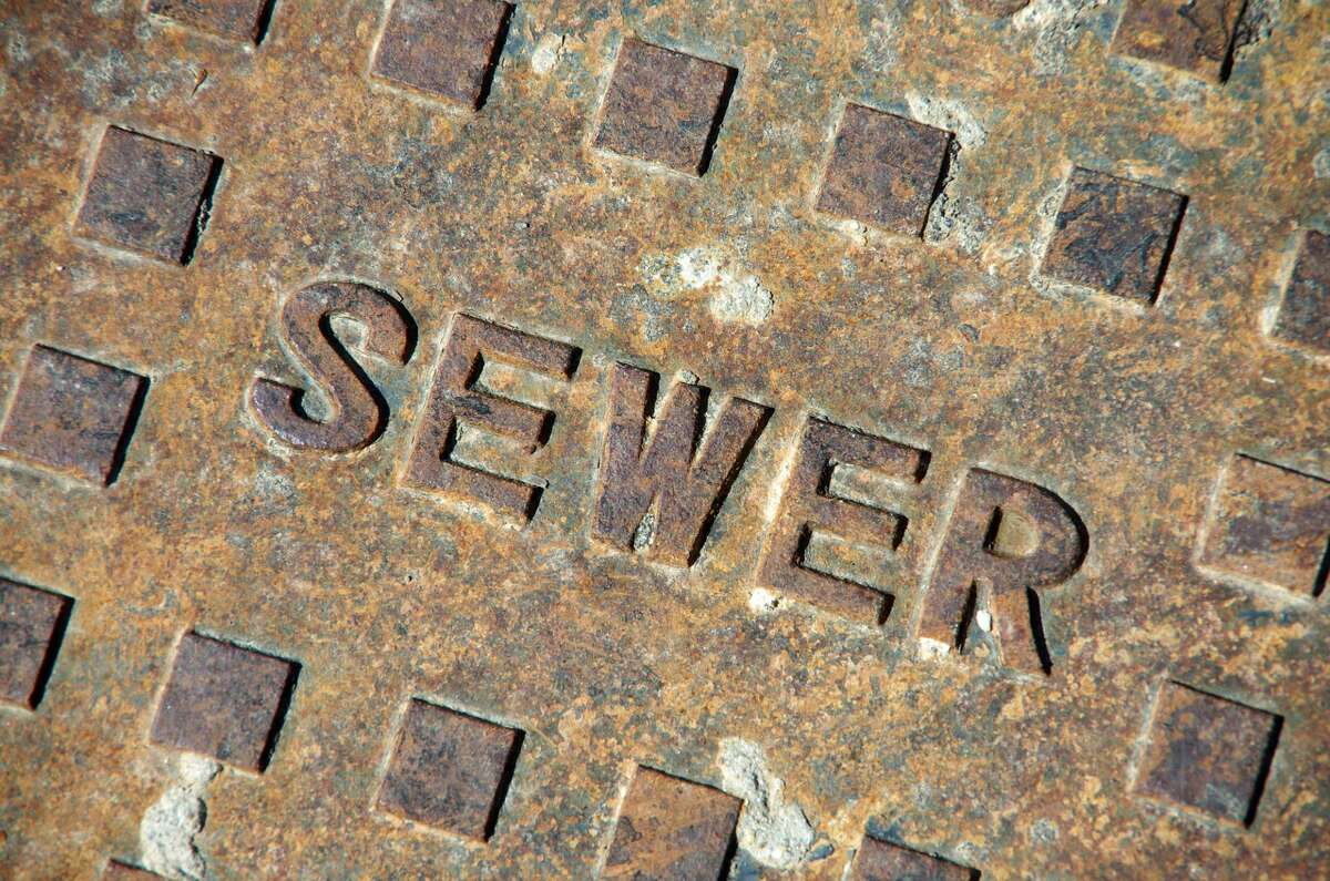 """The state has more than 200 """"unsewered"""" communities that lack wastewater collection or treatment systems. Many of them rely on patchwork systems or decades-old underground pipes that illegally discharge to surface waters, according to Illinois EPA Director John Kim."""