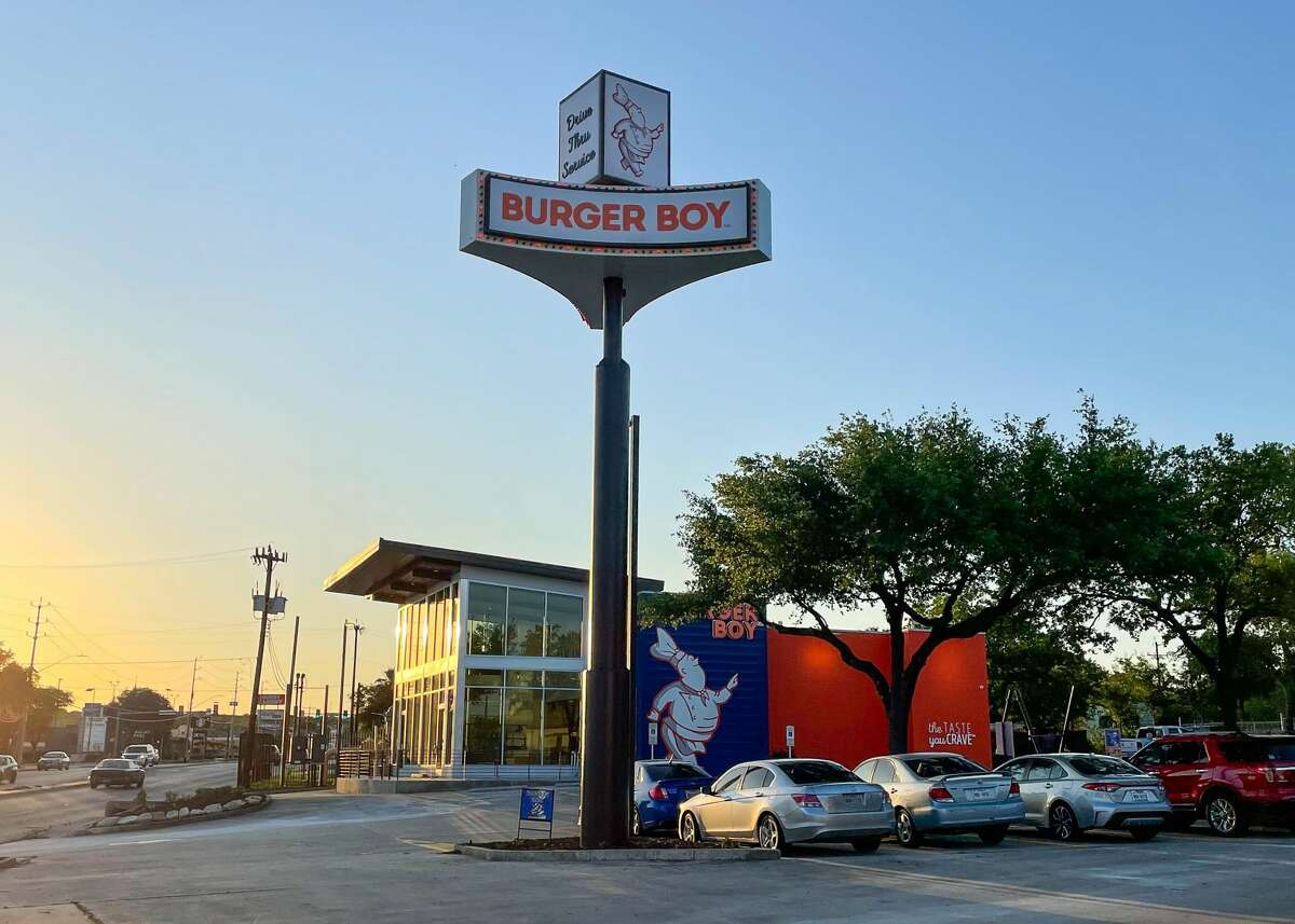 Burger Boy's San Antonio expansion officially includes a fourth restaurant now that the Hill Country Village installment is opening.
