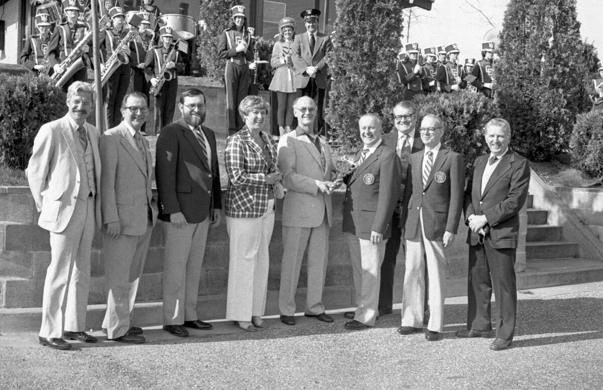 Manistee played host yesterday to an entourage of local officials from the Upper Peninsula city of Escanaba as part of Mayor Exchange Day, an annual event commemorating Michigan Week. Pictured are city officials posing for a photo that was was published in the News Advocate on May 18. (Manistee County Historical Museum photo)