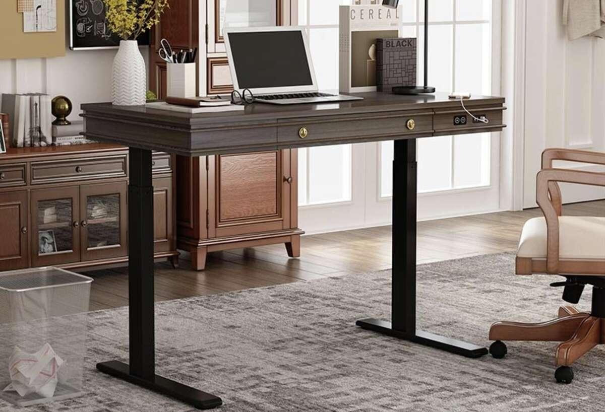 Theodore Standing Desk, $499.99 at FlexiSpot