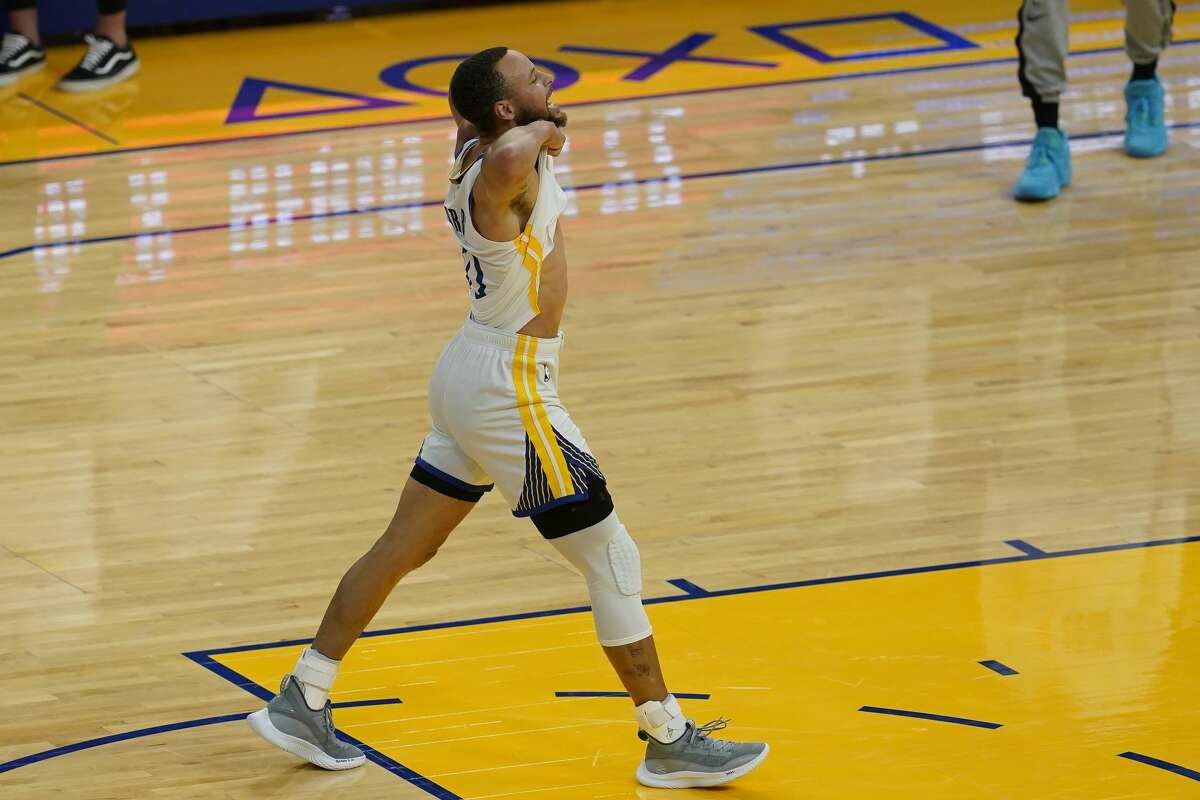 Golden State Warriors guard Stephen Curry celebrates during an NBA basketball game against the Memphis Grizzlies in San Francisco, Sunday, May 16, 2021.