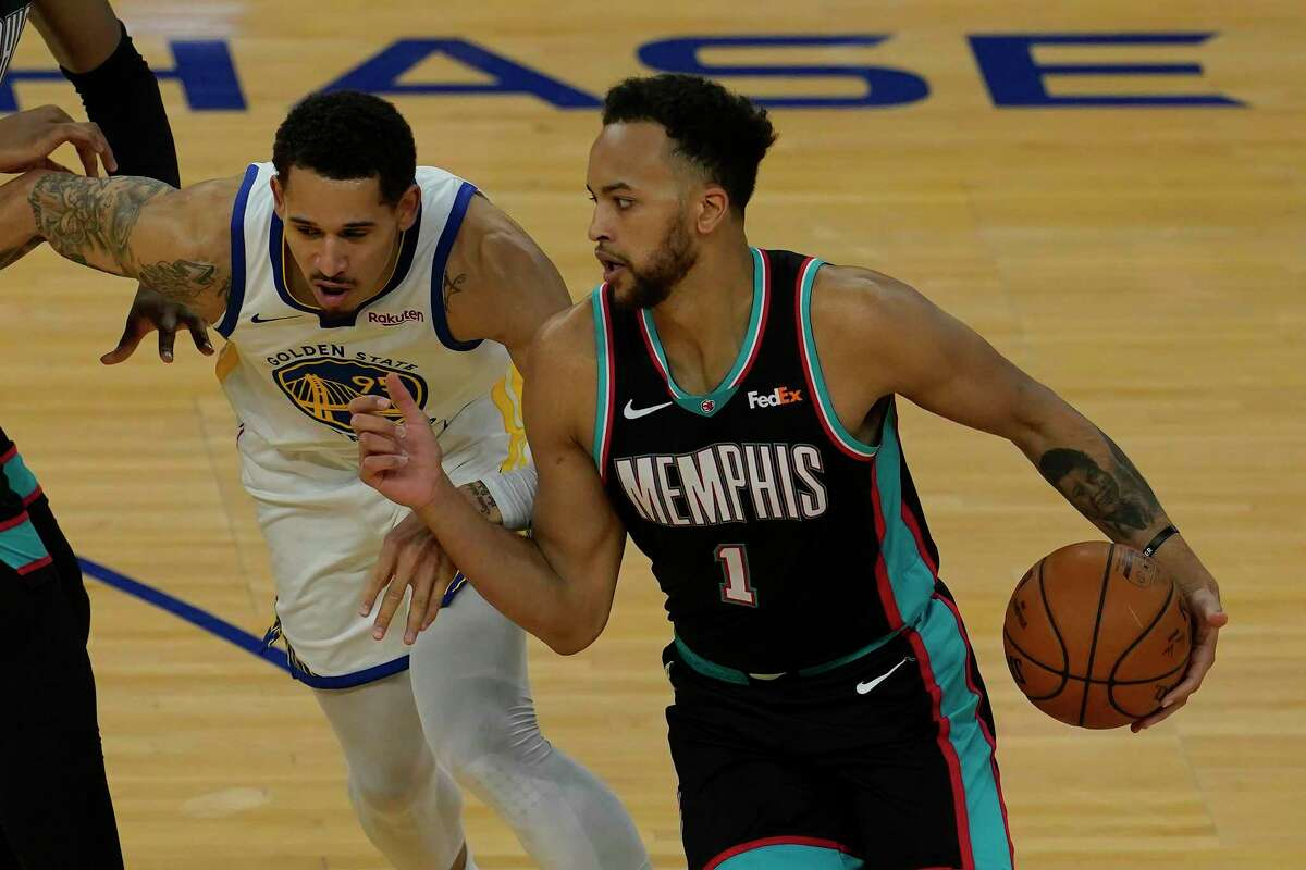 """Dejounte Murray says ex-Spur Kyle Anderson (1) is """"my guy,"""" but there won't be any """"friendly stuff"""" in tonight's play-in game."""