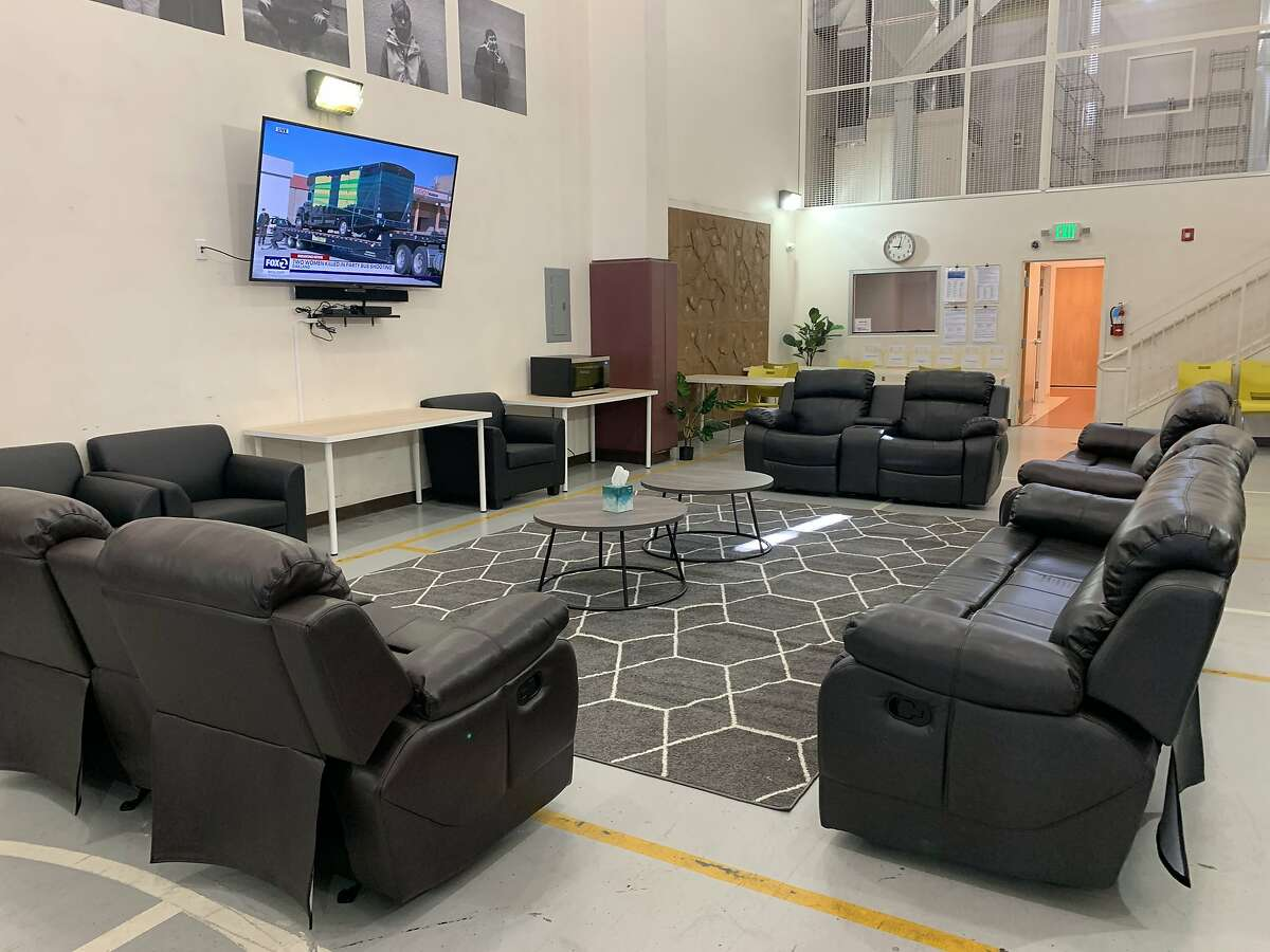 San Francisco's new mental health facility includes a common room with reclinable chairs.